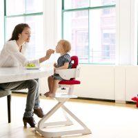SCI SVAN Signet mom feeding baby