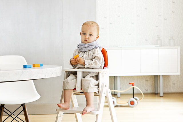 SCI SVAN Scandinavian Child girl looking forward in Baby to Booster