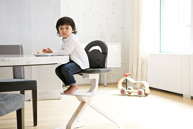 Perfect SCI SVAN Scandinavian Child Whitewash Signet Essential Highchair Boy In  Signet Gray Cushion